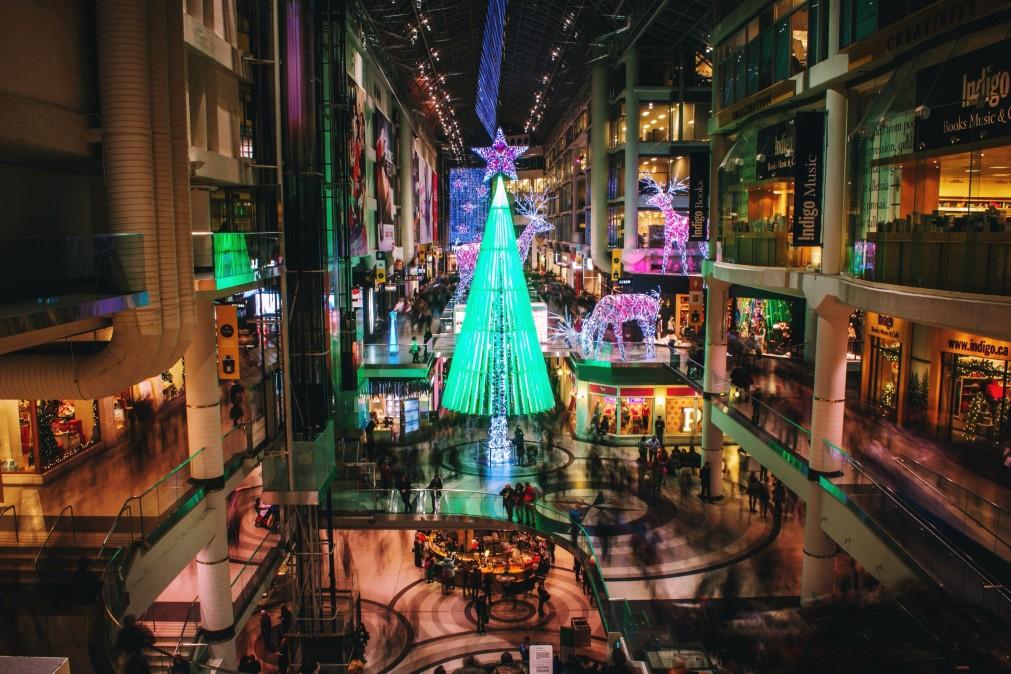 Retail Optimism Gets Canadian Malls into the HolidaySpirit